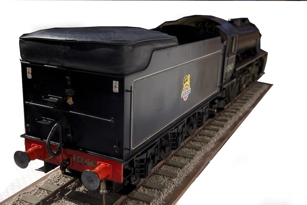 7 1/4 , 7 25 Inch Gauge B1 locomotive (Roedeer) - Steamdays